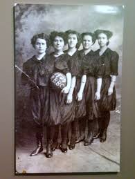 Girls basketball team from Washington, 1909