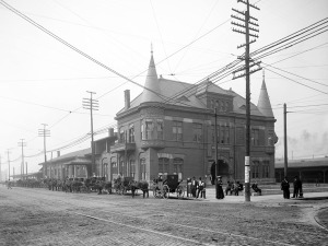 Calhoun Street Train Station, 1906