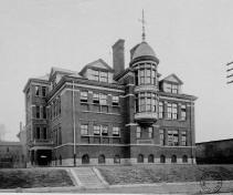 High School annex c.1910; historic-memphis.com