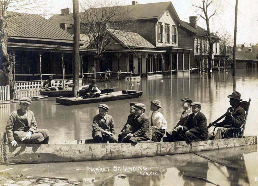 1912 Flood, Market St. in Memphis, J.C. Coovert, photographer