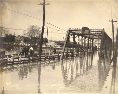 Mill Bridge at Bayou Gayoso in Memphis. J.C. Coovert, photographer